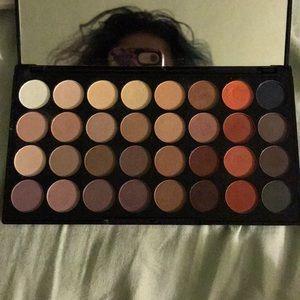 makeup revolution Makeup - Makeup Revolution 32 color eyeshadow palette